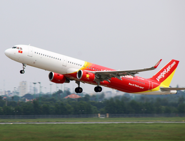 1 million Vietjet tickets at golden hours, welcome new routes to Osaka (Japan) and Siem Reap (Cambodia)