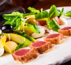 ท่องโลกแห่งอาหารครบรสชาติ เคล้าอารยะตะวันตกต้นตำรับ โดยห้องอาหารเรลเวย์ ณ โรงแรมเซ็นทาราแกรนด์ หัวหิน